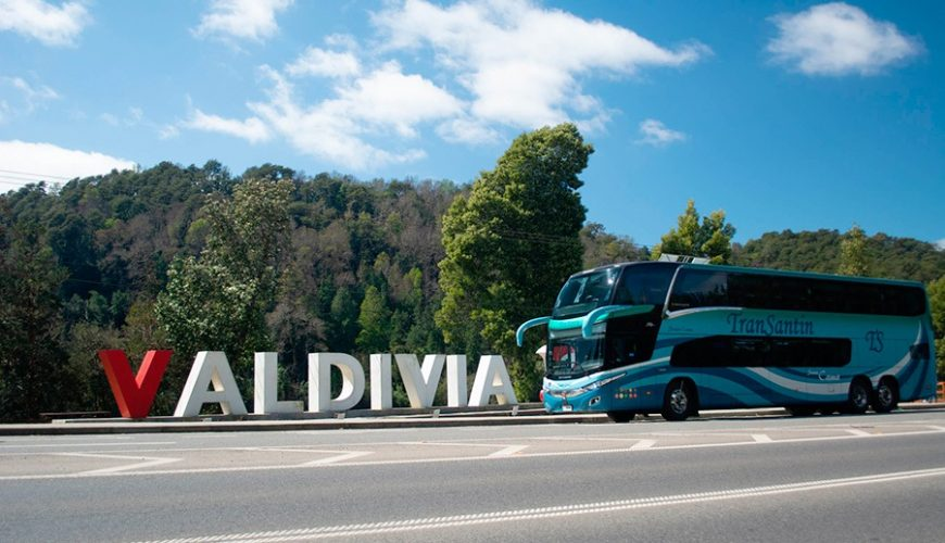 Viaja con Transantin a Valdivia, Temuco, Pichilemu y mucho más. Compra tus Pasajes de Bus Online y viaja al Sur con Transantin.